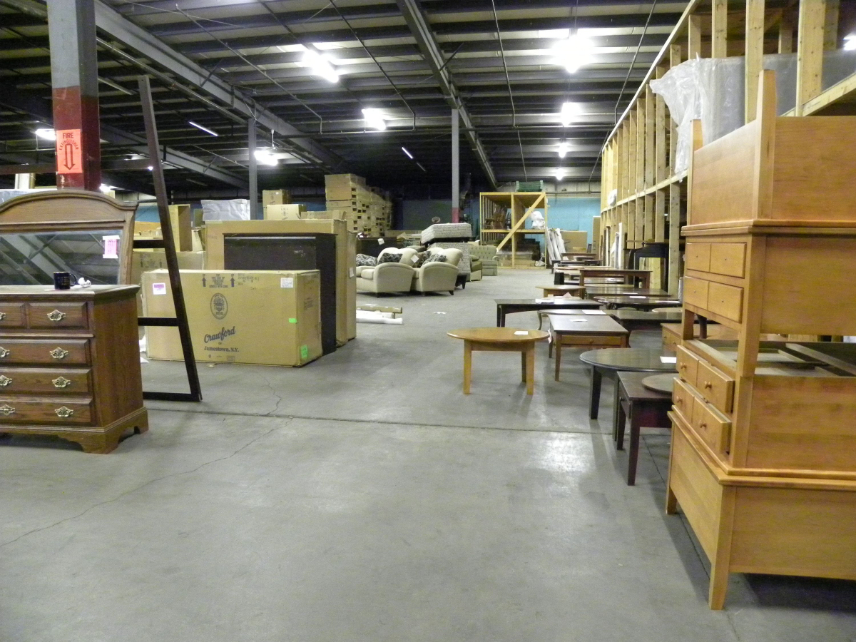 Crawford Furniture Real Estate Auction Blackbird Auctions And Valuations Buffalo Ny